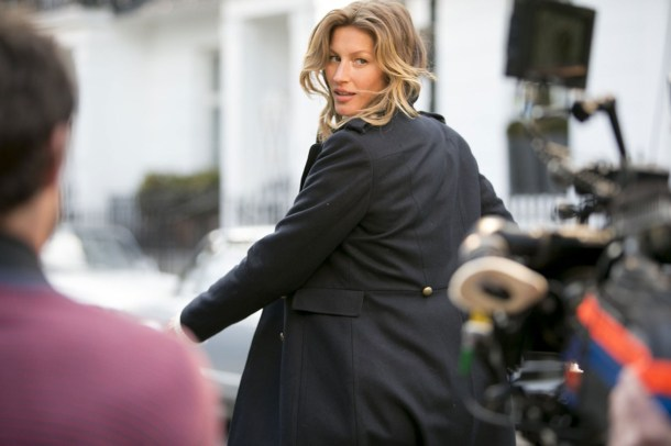 Gisele behind the scenes